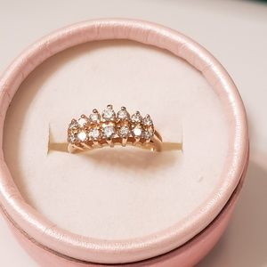 Jewelry - 14K yellow gold diamond ring